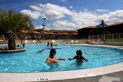 Ceveo village de vacances de mimizan mimizan adresse for Piscine mimizan